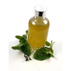 Herb oil, thyme, oregano,...